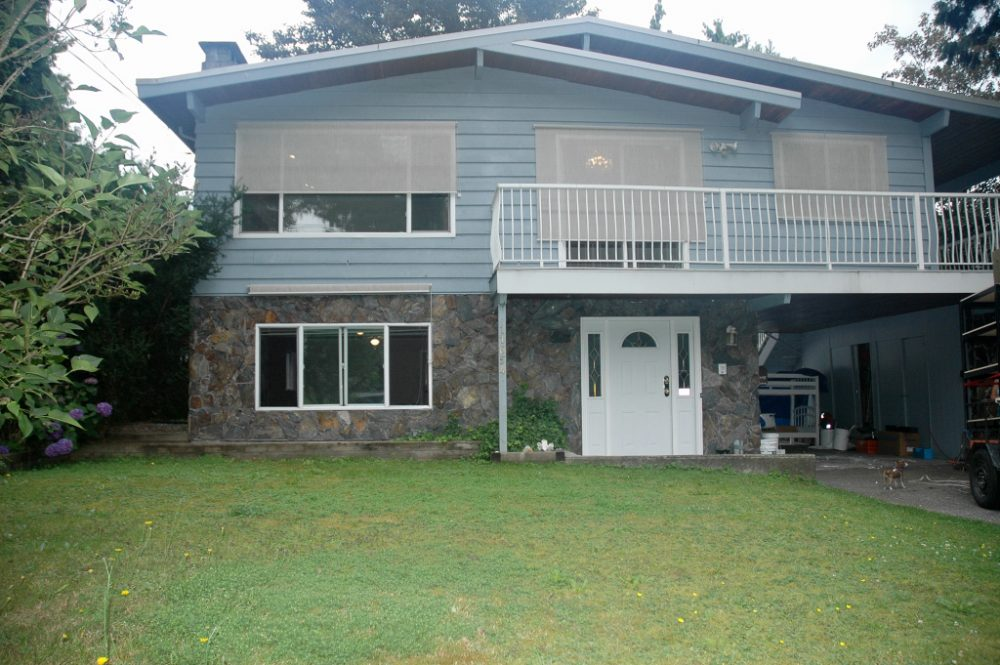 Westside Maple Ridge, basement entry with elevator!