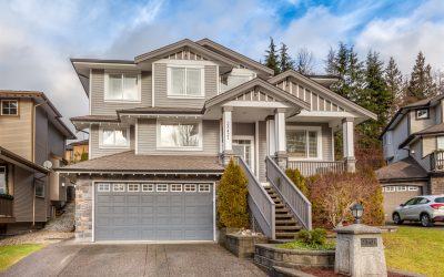 Three Storey Home In Balsam Creek Estates